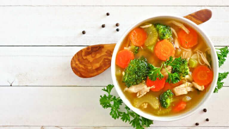 野菜スープ ダイエット 効果をあげるには