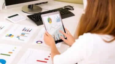 営業事務の仕事内容で求められるスキルは何?