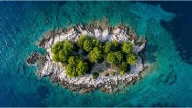 島への旅行ではどこが人気なのか?行き先の決め方は?