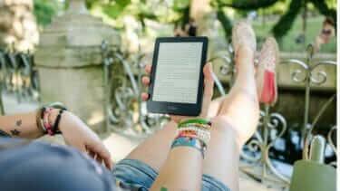 本は電子書籍と紙の両方に良い点がある。併用し使い分ける