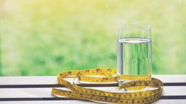 水ダイエットで痩せられるって本当?その効果を解説します