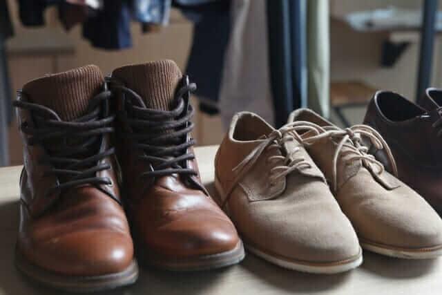 旅行 靴 何足