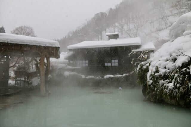 東北 旅行 おすすめ カップル 冬