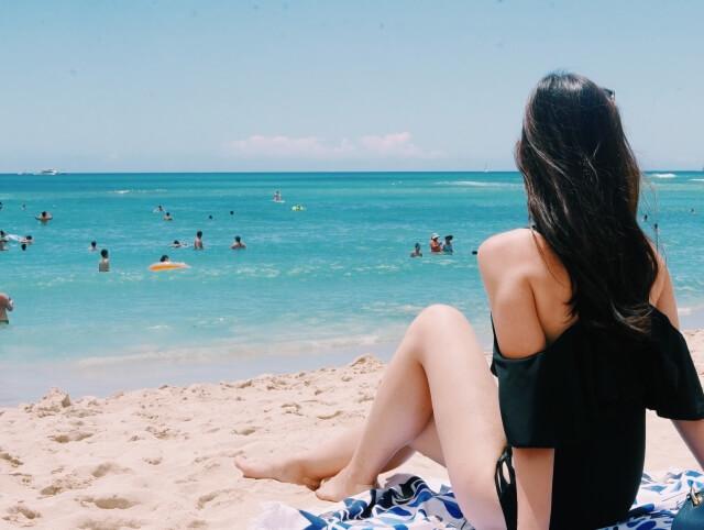 ハワイ旅行 女子